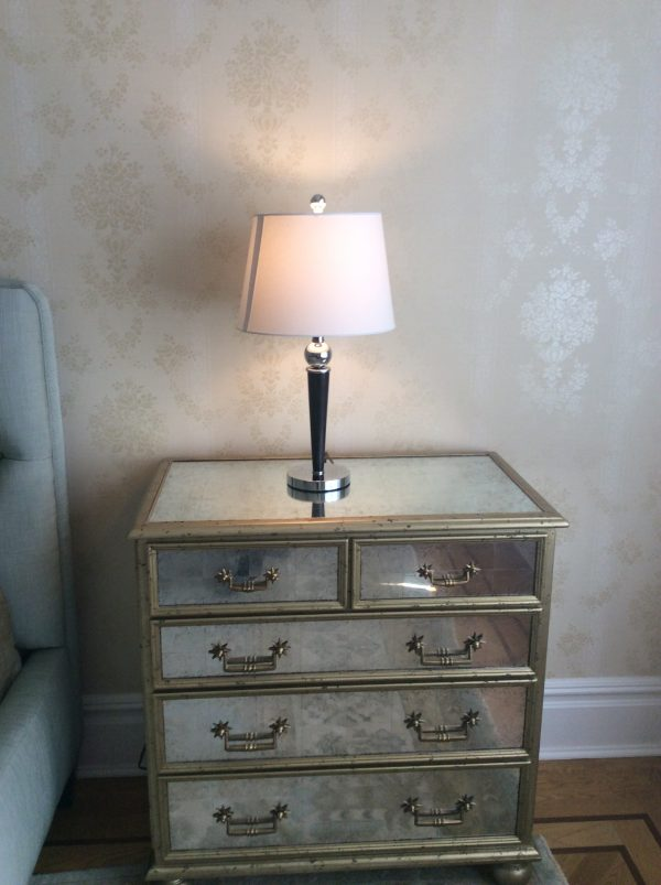 Metallic night stand with table lamp