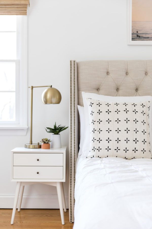 Light Bedroom with Beautiful Accessories