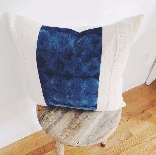 Vivian diamond pillow pattern